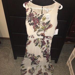 Dresses & Skirts - Sleeveless cream dress w/flowers NWT sz 14